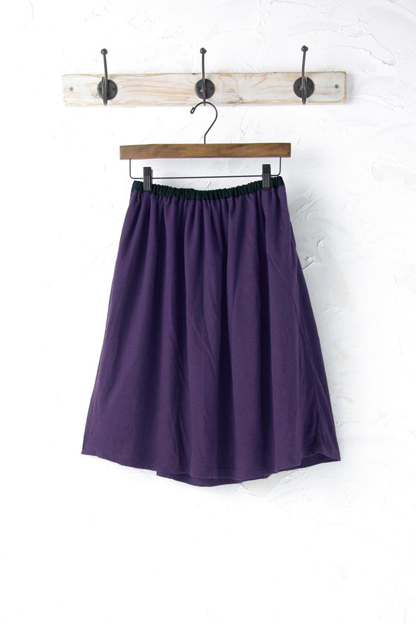 カットソーギャザースカート