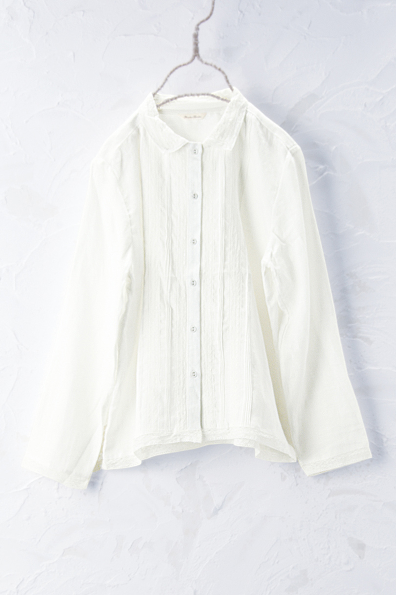 レース衿シャツ