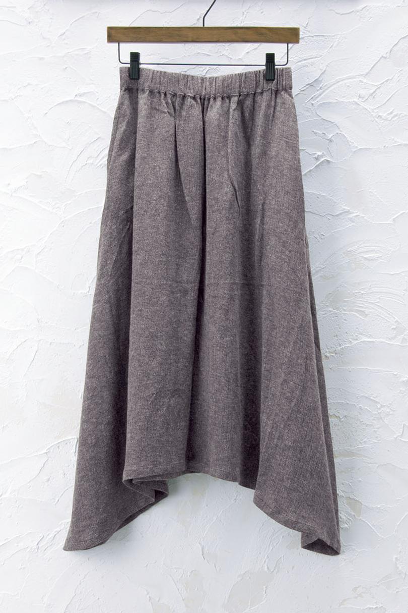 変形フレアスカート