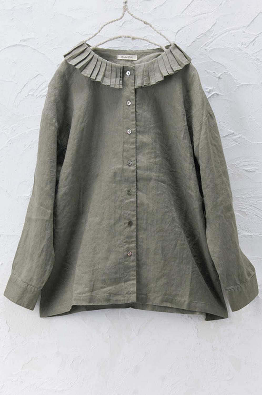タック衿シャツ