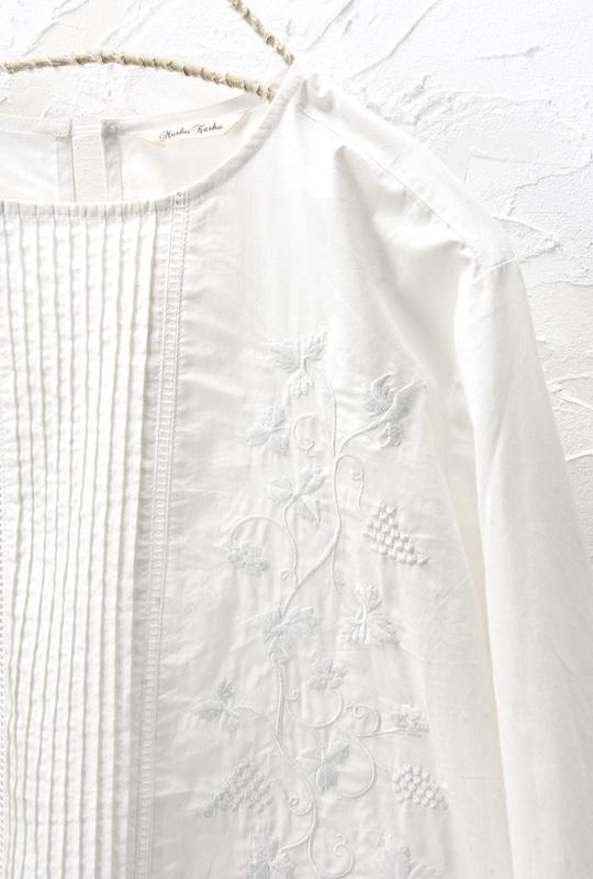 刺繍ブラウス<br>□JCF-0330